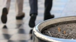Госдума приняла закон овозврате курилок ваэропортах