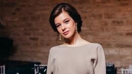 «Сама нежность»: вечернее платье Шпицы вызвало ажиотаж среди еепоклонников