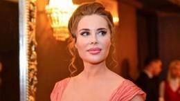 Юлия Михалкова похвасталась эффектными образами