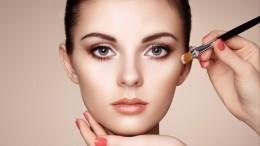 Секреты макияжа: Как правильно нанести тональный крем