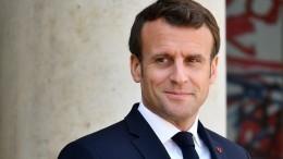 Президент Франции приедет вМоскву напразднование Дня Победы