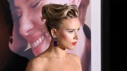 Скарлетт Йоханссон предстала перед поклонниками вплатье российского дизайнера