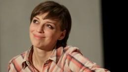 «Ейнужен парик»: подписчики раскритиковали внешность Нелли Уваровой