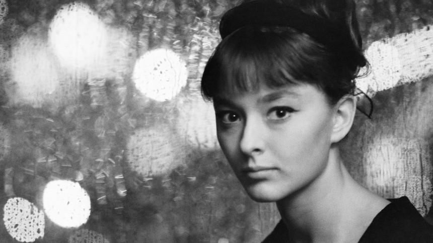 Анастасия Вертинская отмечает 75-летний юбилей: как шла куспеху звезда СССР