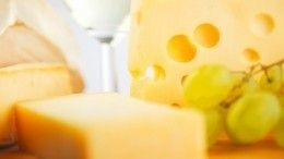 Сырные рулетики: быстрая ивкусная закуска наНовый год
