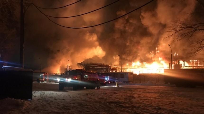 ВУфе поповышенному номеру сложности тушат завод нефтехимии
