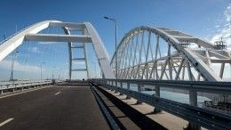 Путин выехал изКерчи вТамань пожелезной дороге Крымского моста