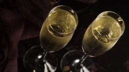 Идеально под шампанское: подборка правильных закусок наНовый год