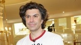 «Внебрачный сын» Цискаридзе потребовал отартиста помощи вборьбе сраком мозга