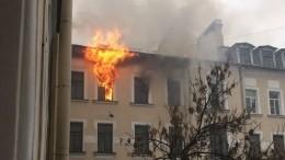 Пожар произошел вжилом доме начала XX века вцентре Петербурга