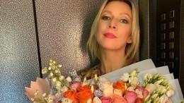 Мария Захарова зажигательно станцевала под рок-н-ролл накорпоративе вМИД