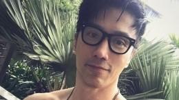 Житель Сингапура, который в52 выглядит на20, поразил юзеров своей красотой