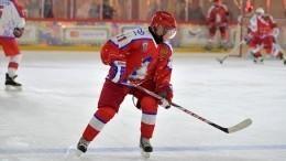 8:5— Путин вматче Ночной хоккейной лиги вочередной раз показал отличную физическую форму