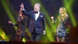 «Выдает себя запевца»: Лещенко встал насторону Шатунова вконфликте сРазиным