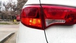 ВГосдуме предложили наказывать водителей зазлоупотребление «аварийкой»