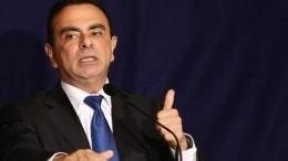 Бывший глава Nissan Карлос Гон сбежал изЯпонии вЛиван