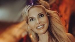 Дана Борисова постеснялась подойти кСаше Петрову наотдыхе