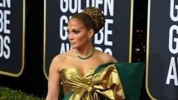 Лопес, Энистон, Пэлтроу: лучшие наряды красной дорожки премии «Золотого глобуса»