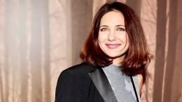 «Прекрасный оператор!»: Дочь Климовой засняла маму вбикини