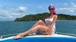 «Фигурка лучше, чем у20-летних!»: Волочкова искупалась вокеане топлес— фото