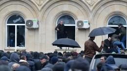 Президент Абхазии встретился спредставителями оппозиции