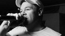 Умер солист группы «140 ударов вминуту» Юрий Абрамов.