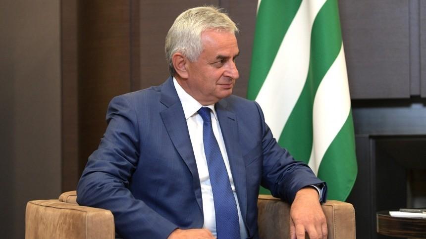 Президент Абхазии опротестует решение Верховного суда, отменившего итоги выборов