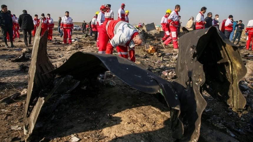 Власти Ирана объявят причину крушения украинского самолета 11января
