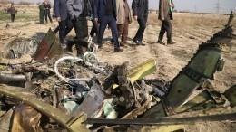 Зеленский: Украина иИран договорились оначале расшифровки «черных ящиков» Boeing-737