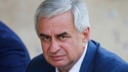 Отставку президента Абхазии прокомментировали вСовете Федерации