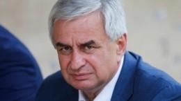 Подавший вотставку президент Абхазии отказался баллотироваться нановых выборах