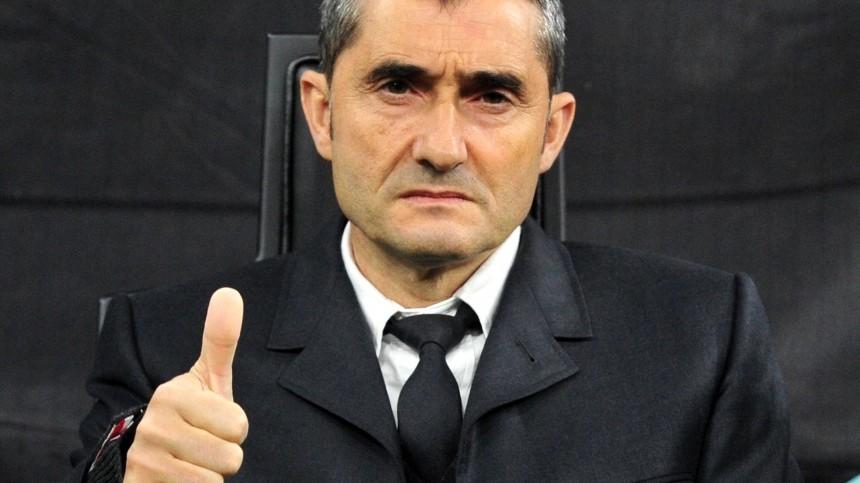 «Барселона» расторгла контракт сглавным тренером Вальверде