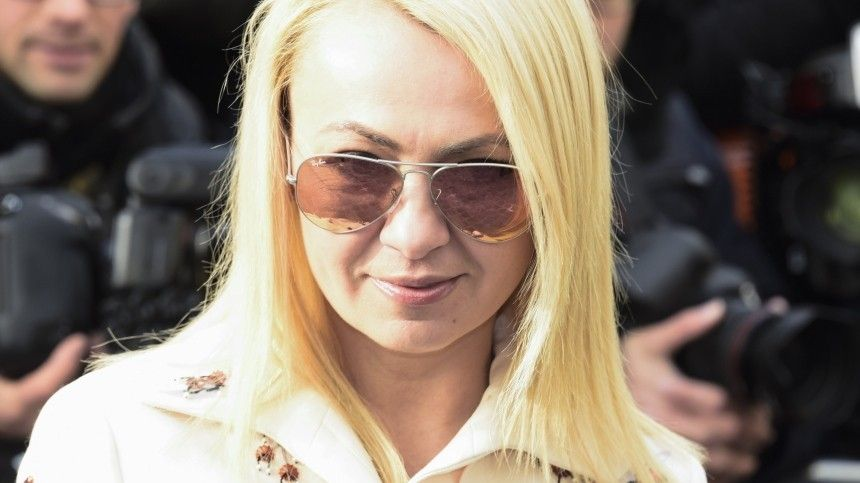 «Могбы накинуть заКПД»: Рудковская упрекнула Авербуха вскупости