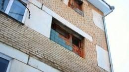 Общежитие под Челябинском сковало льдом, ноэкспертиза посчитала состояние здания нормальным