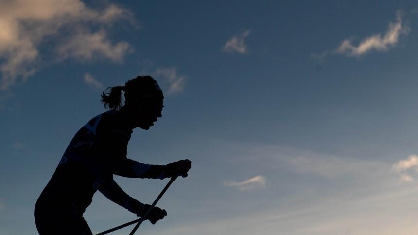 «Толи лыжи неедут…»: самарскому спортсмену пришлось бежать налыжах потраве