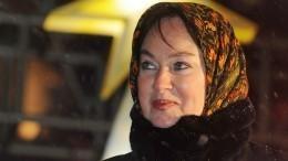 «Сексишко»: Лариса Гузеева обескуражила гостя шоу интимным вопросом