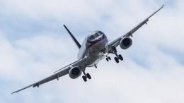 Стали известны подробности посадки SSJ-100 настроящуюся ВПП вблизи «Домодедово»