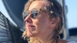 Собчак иБогомолов платят завиллу наМальдивах полтора миллиона рублей всутки
