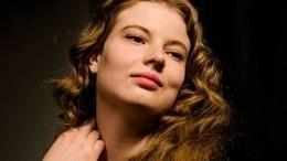 Как выглядит внучка Светланы Тома из«Табор уходит внебо» Мария Будрина