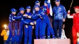 Путин поздравил «КАМАЗ-мастер» спобедой вралли-марафоне «Дакар»