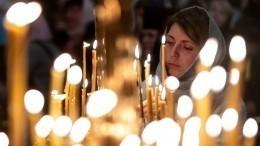 Кто вхрам, кто наморя: как российские звезды отпраздновали Крещение