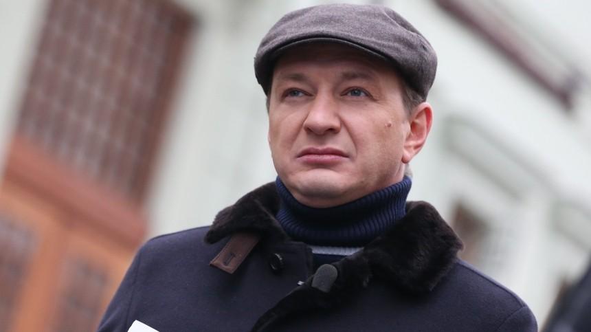 «Сегодня утром должны были вылетать»: Марат Башаров озапрете въезда наУкраину российских актеров