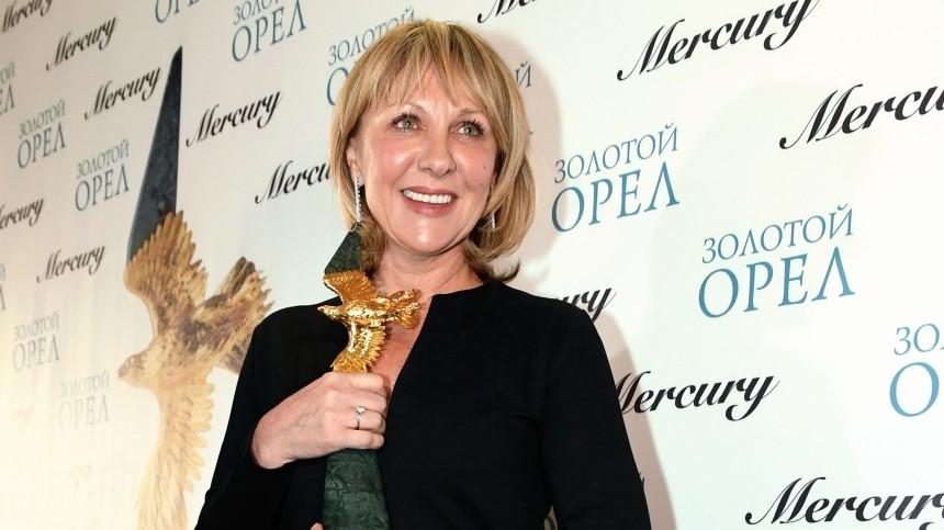 Как 58-летняя Елена Яковлева выглядит без макияжа?