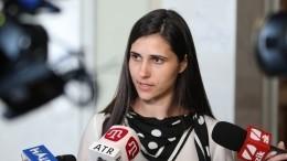 Видео: плачущий ребенок сорвал прямой эфир сдепутатом Рады