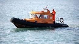 ВОхотском море терпит бедствие рыболовецкое судно