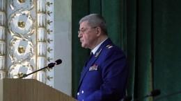 Путин поблагодарил Чайку заработу напосту генпрокурора