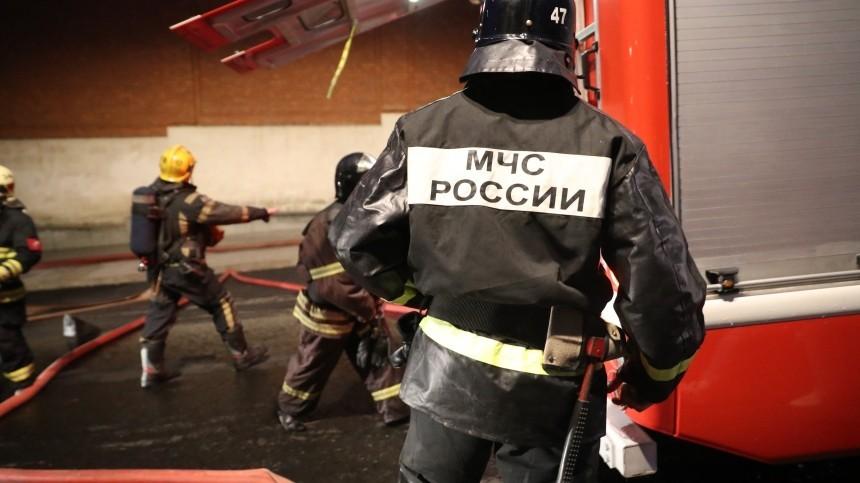 Пожарный погиб при взрыве газового баллона вовремя тушения пожара вПодмосковье