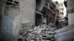Боевики пытаются запугать жителей Алеппо