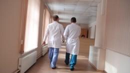 Три человека, госпитализированные сподозрением накоронавирус, остаются вбольнице Петербурга