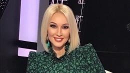 Кудрявцева показала редкие снимки сестры